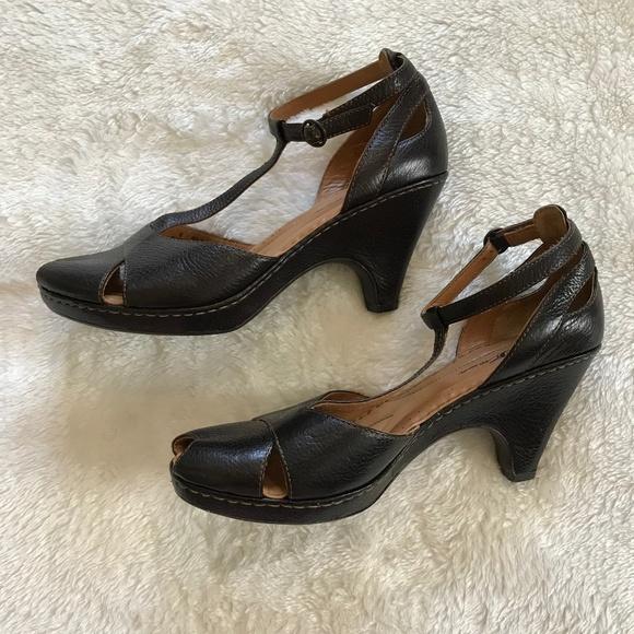 27866d3eebc7 Born Shoes - Born Peep Toe Heels T-Strap Ankle Straps Black 9